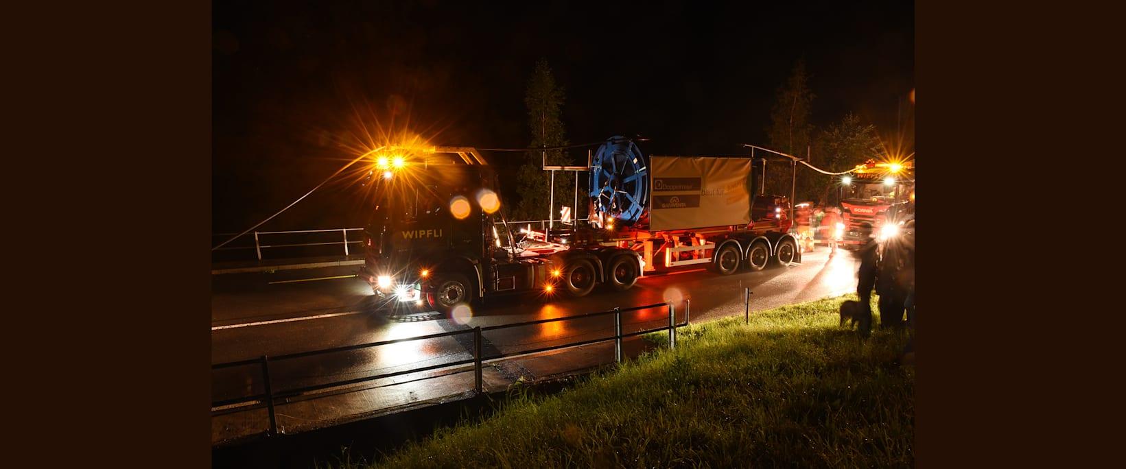 Schwertransport fur V Bahn