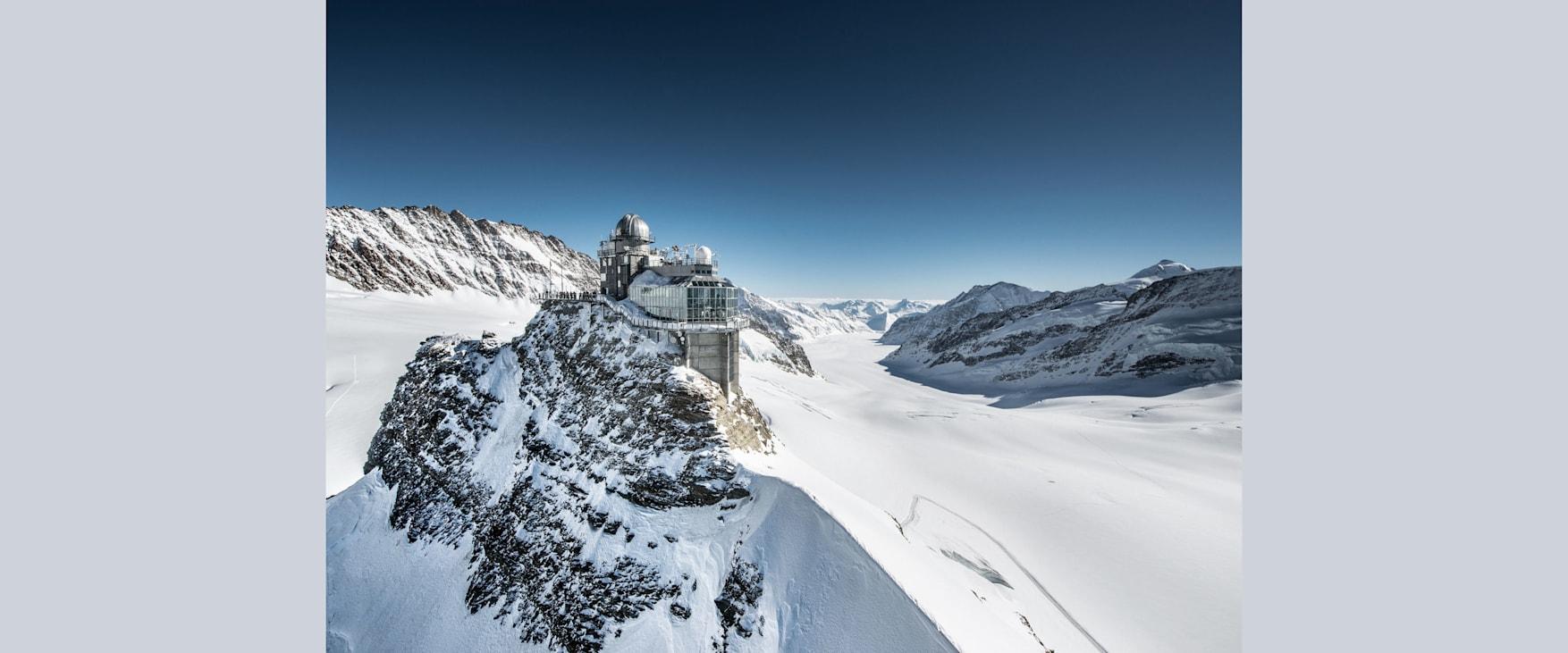 Sphinx aletschgletscher jungfraujoch top of europe