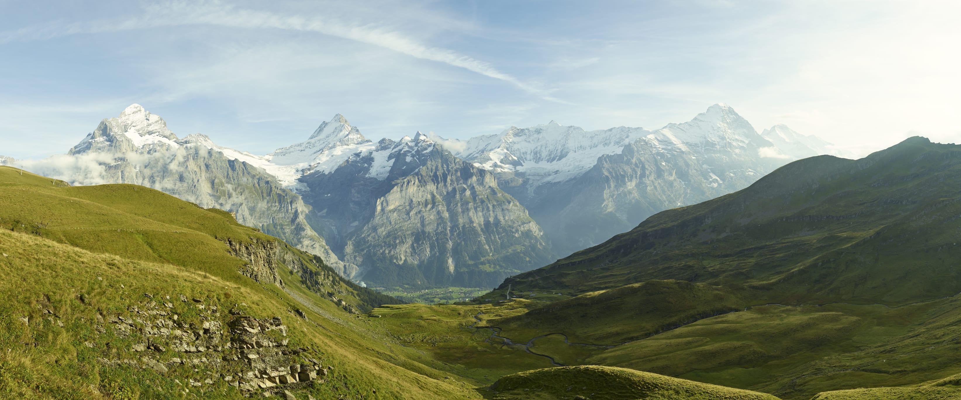 Panorama Wetterhorn Schreckhorn Eiger Grindelwald First Sommer