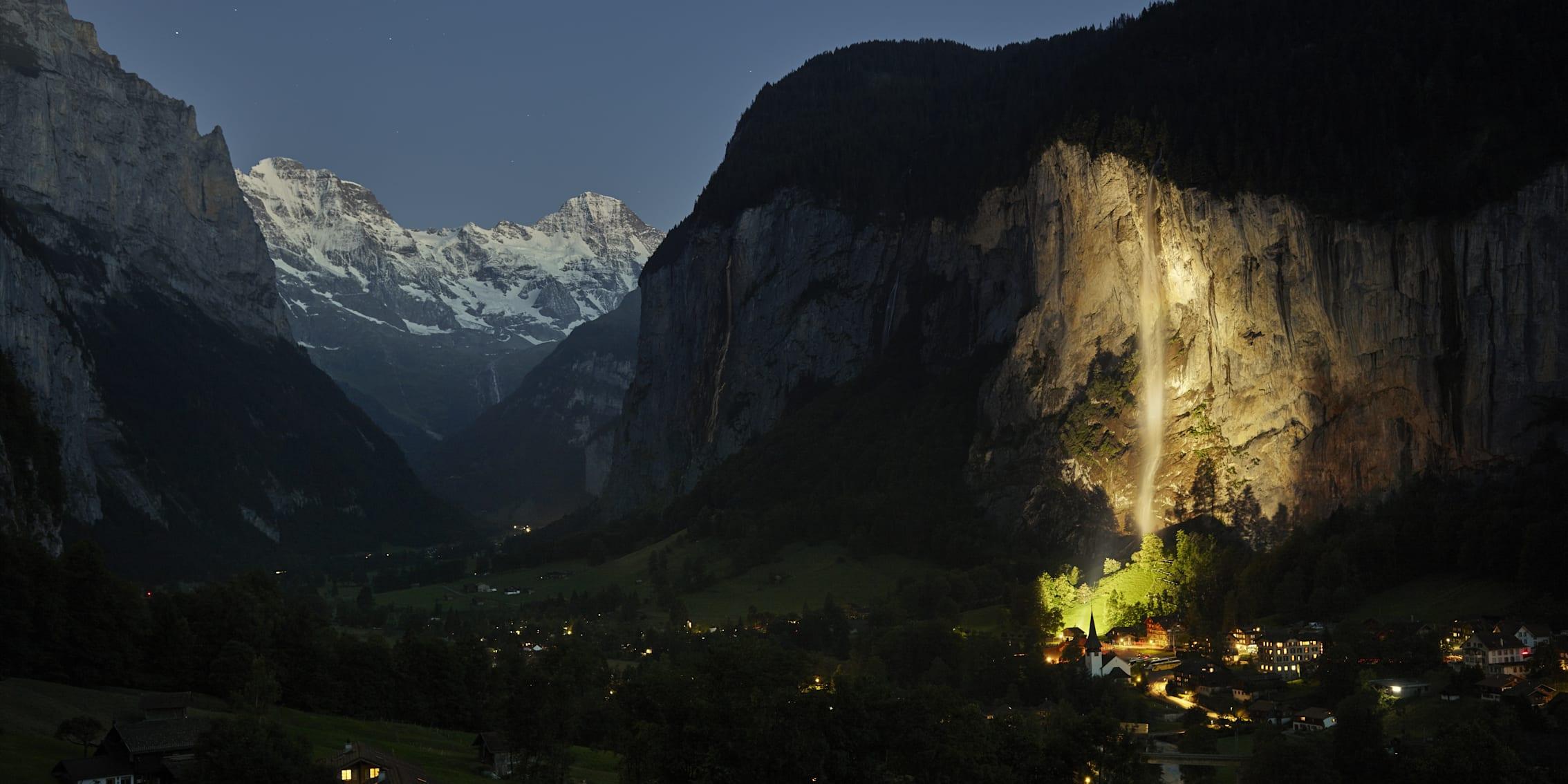 Lauterbrunnen Staubbachfall Nachtaufnahme