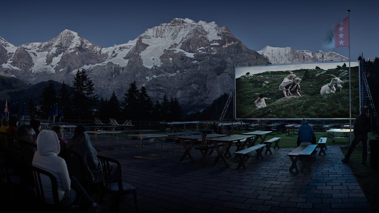 Winteregg Movie Nights Restaurant Terrasse Moench Jungfrau Sommer