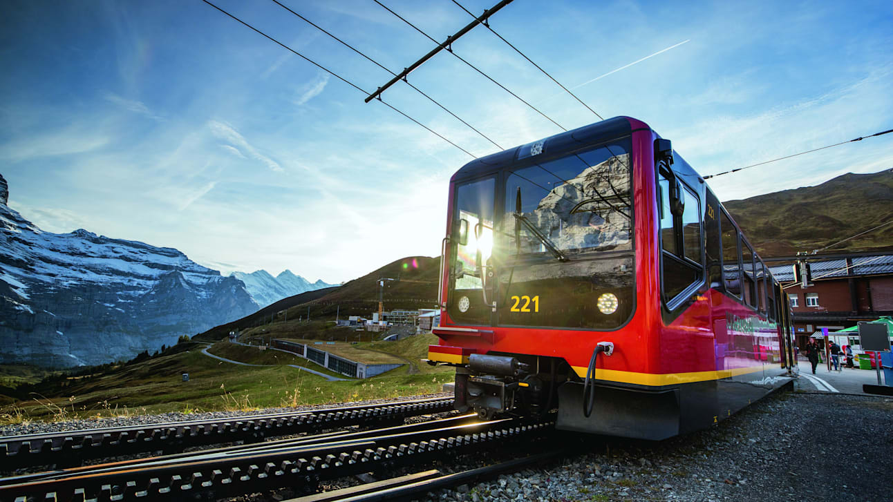 Jungfraubahn Kleine Scheidegg Close Up Zug