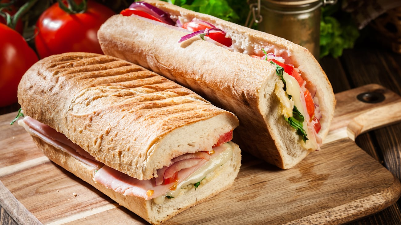 panini, sandwich, ham, cheese, italian, bread, food, arugula, lunch, tomato, meal, snack, brunch, lettuce, ciabatta, bun, baguette, michetta, breakfast, background, healthy, grilled, delicious, tasty, dinner, salad, roll, toasted, nobody, hot, cuisine, sub, submarine, deli, side view