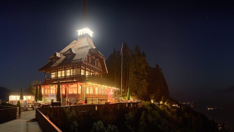 Harder Kulm Restaurant Panorama Nachtaufnahme