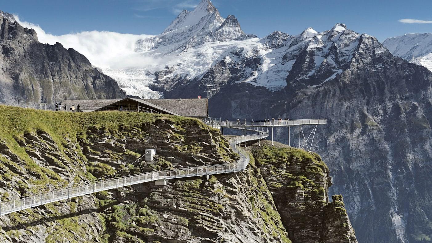 Grindelwald first sommer first cliff walk 01