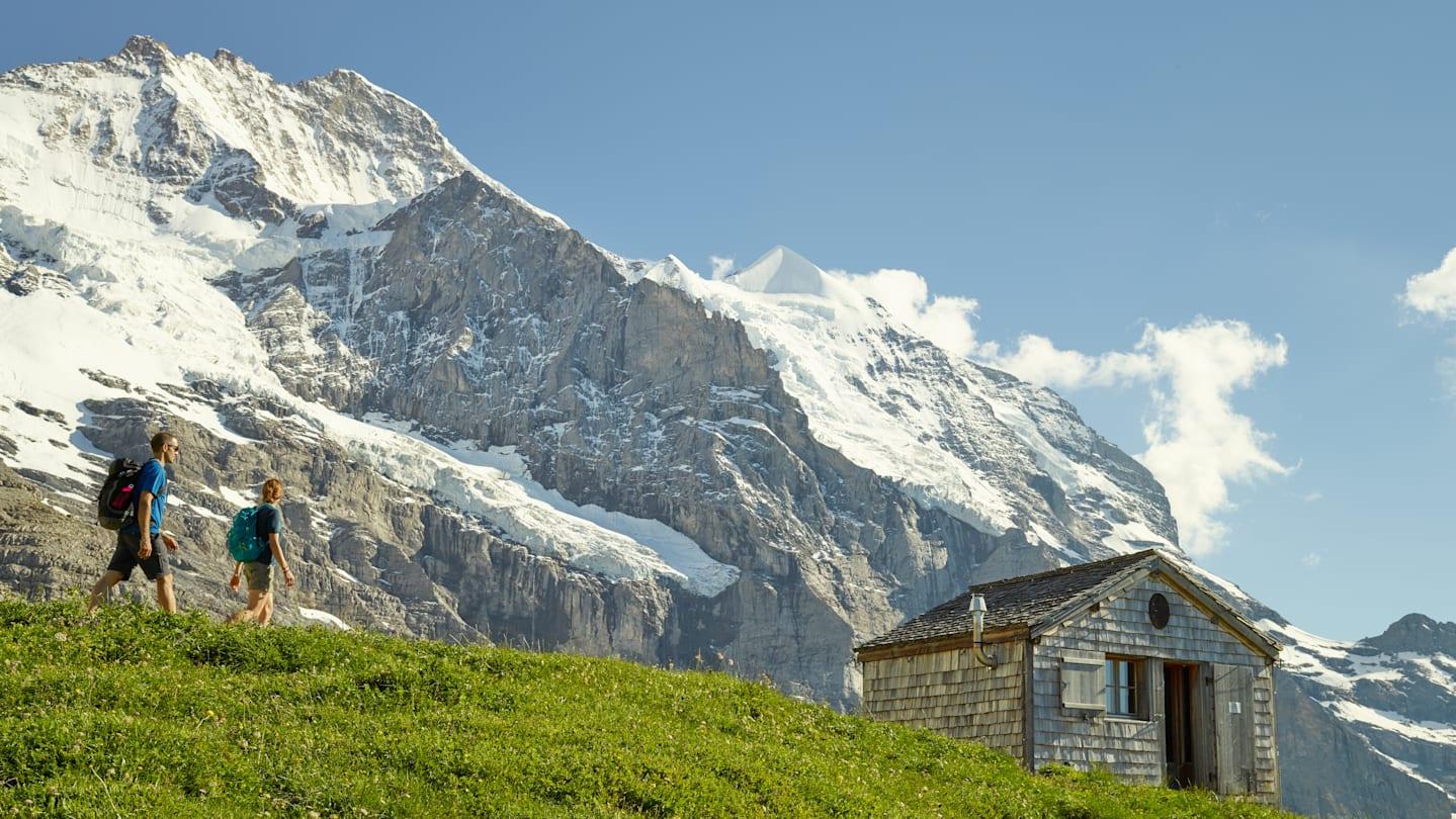 Mittellegihuette Eiger Walk Wandern Jungfrau Sommer