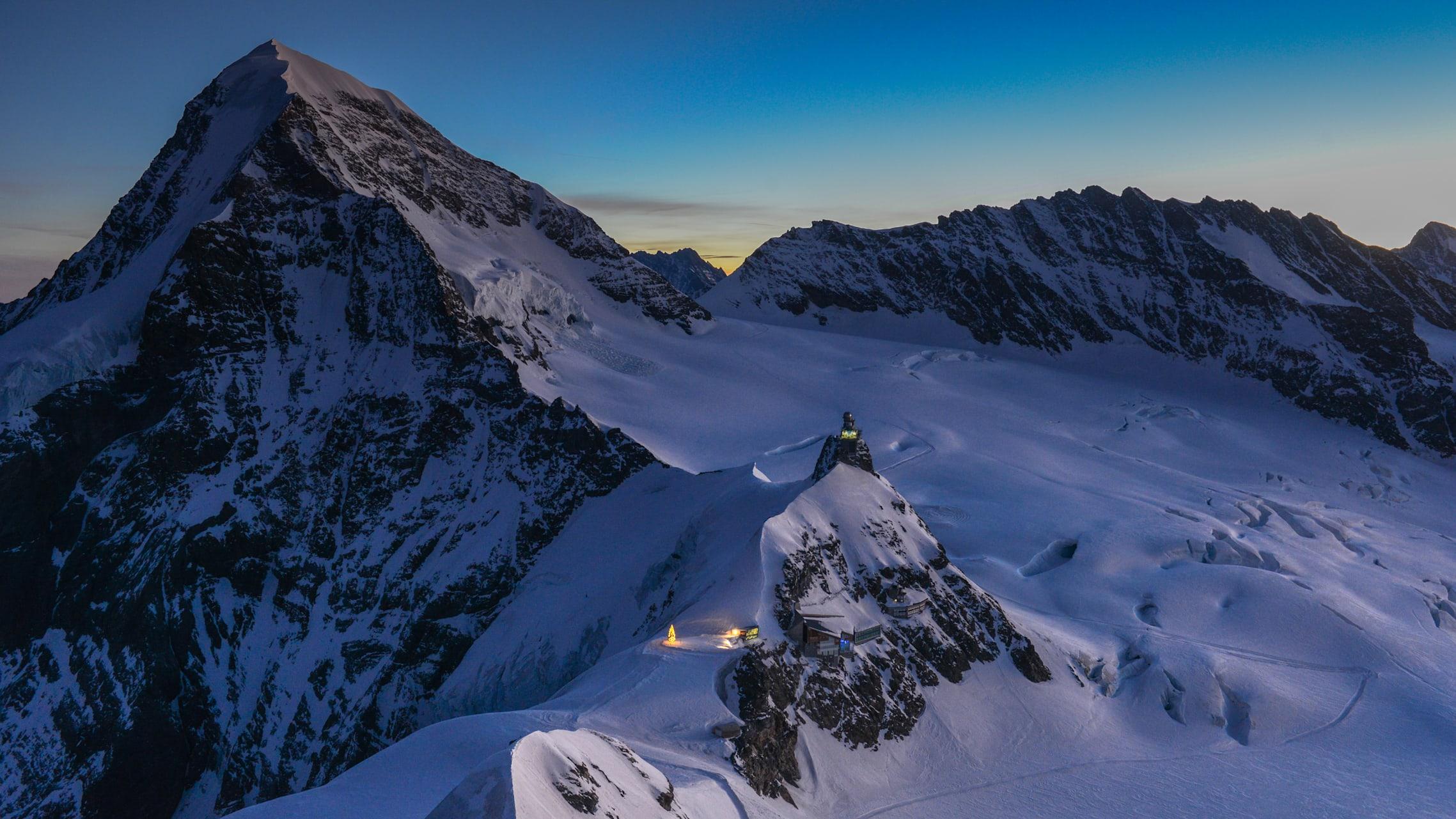 Jungfraujoch Weihnachtsbaum Morgenstimmung