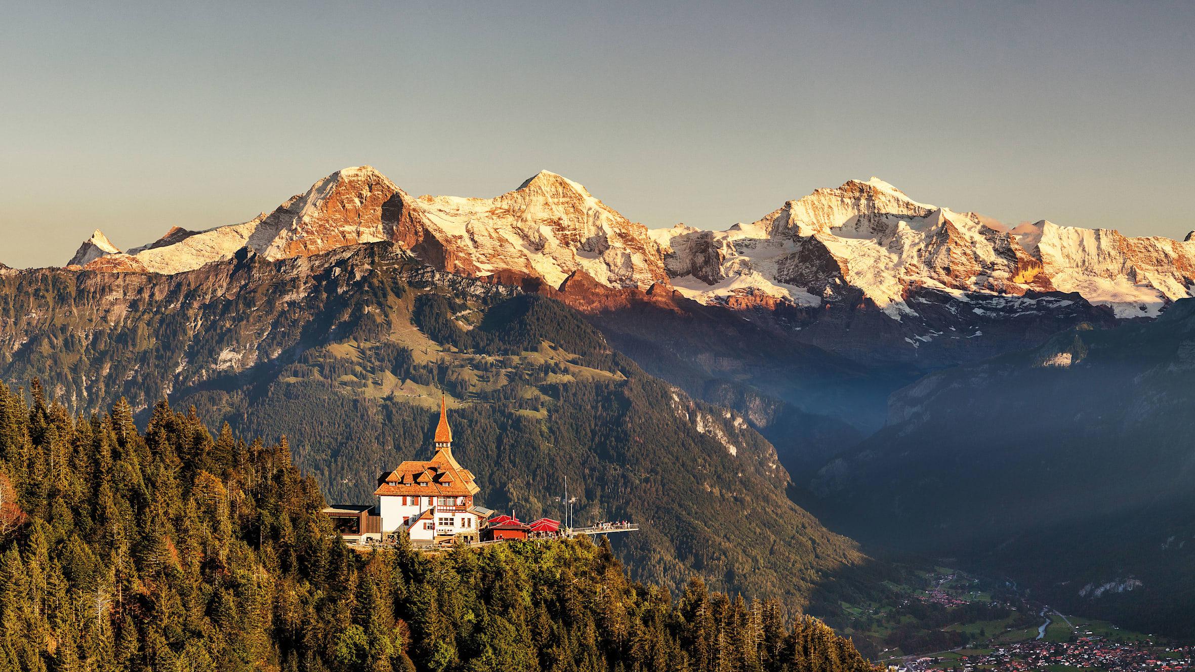 Harder Kulm Panorama Eiger Moench Jungfrau Sonnenuntergang