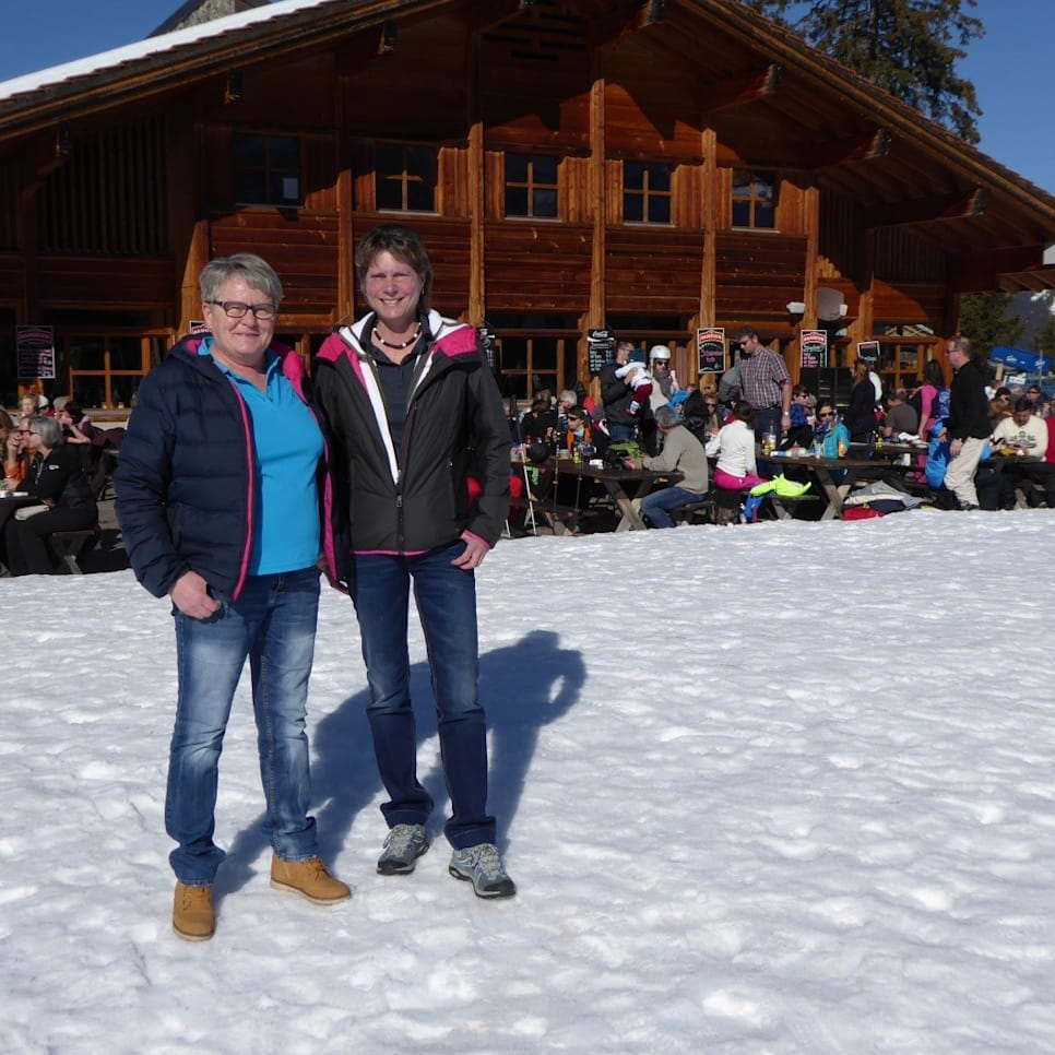 Christa Six links und Nicole Villiger rechts