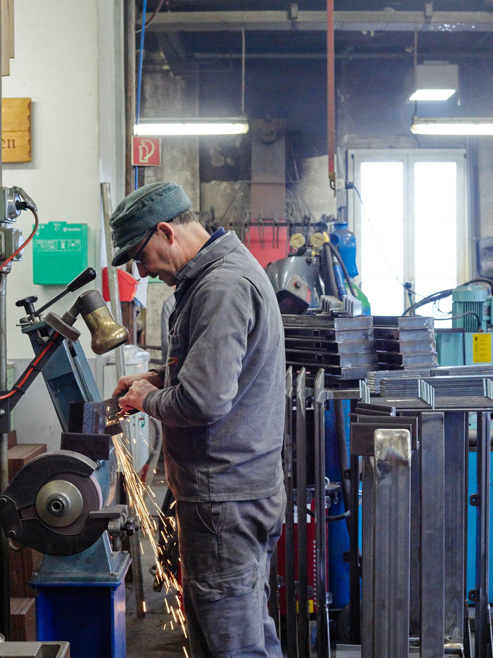 Schynige Platte Bahn Schleifmaschine Arbeiter