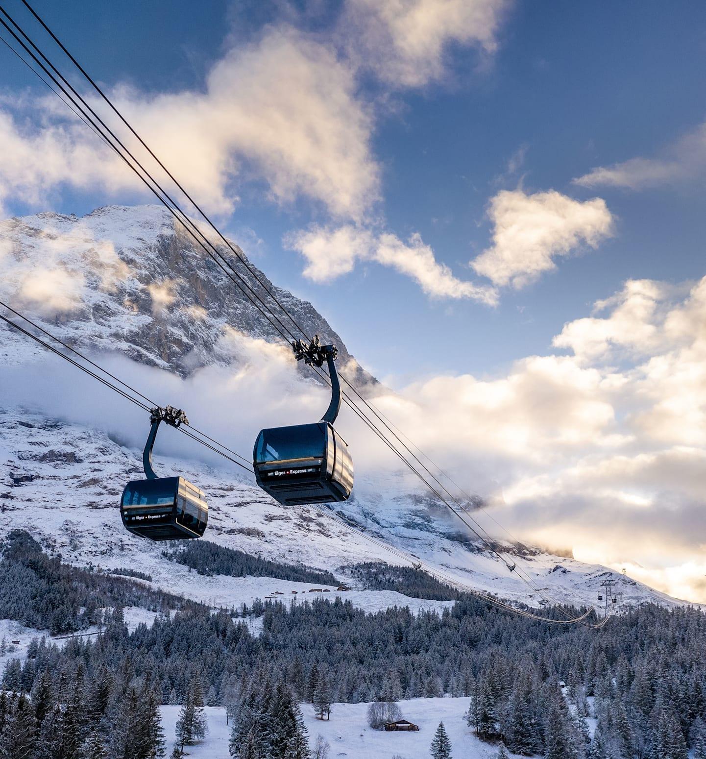 Téléphérique, télécabine, hiver, télécabine, Suisse, Oberland bernois, Jungfrau, chemins de fer de la jungfrau, Eiger, Grindelwald, téléphérique en v, télécabine tricâble, Suisse, novembre, téléphérique, terminal, transport
