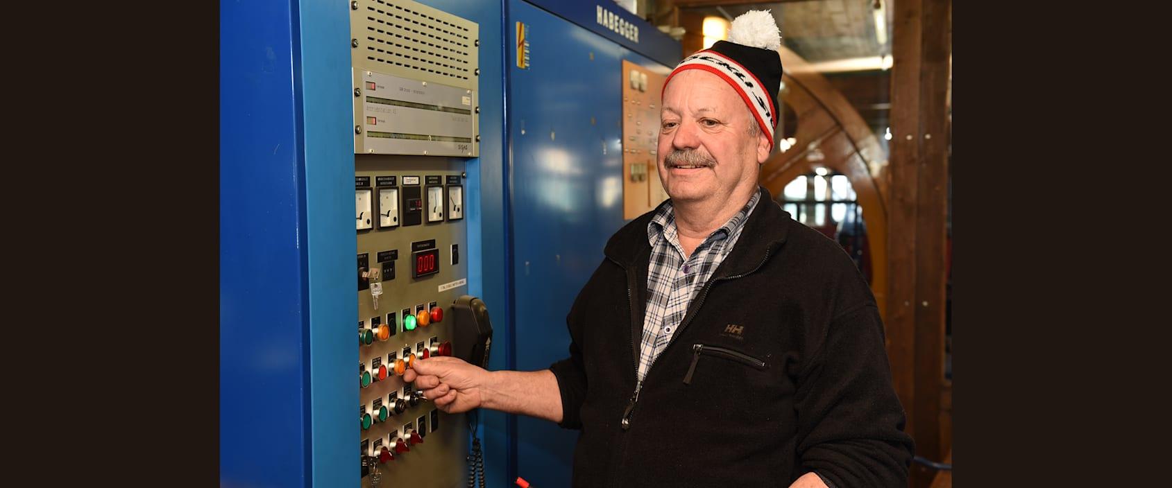 Christian Teuscher Mitarbeiter GGM stellt die Bahn ab und geht in Pension