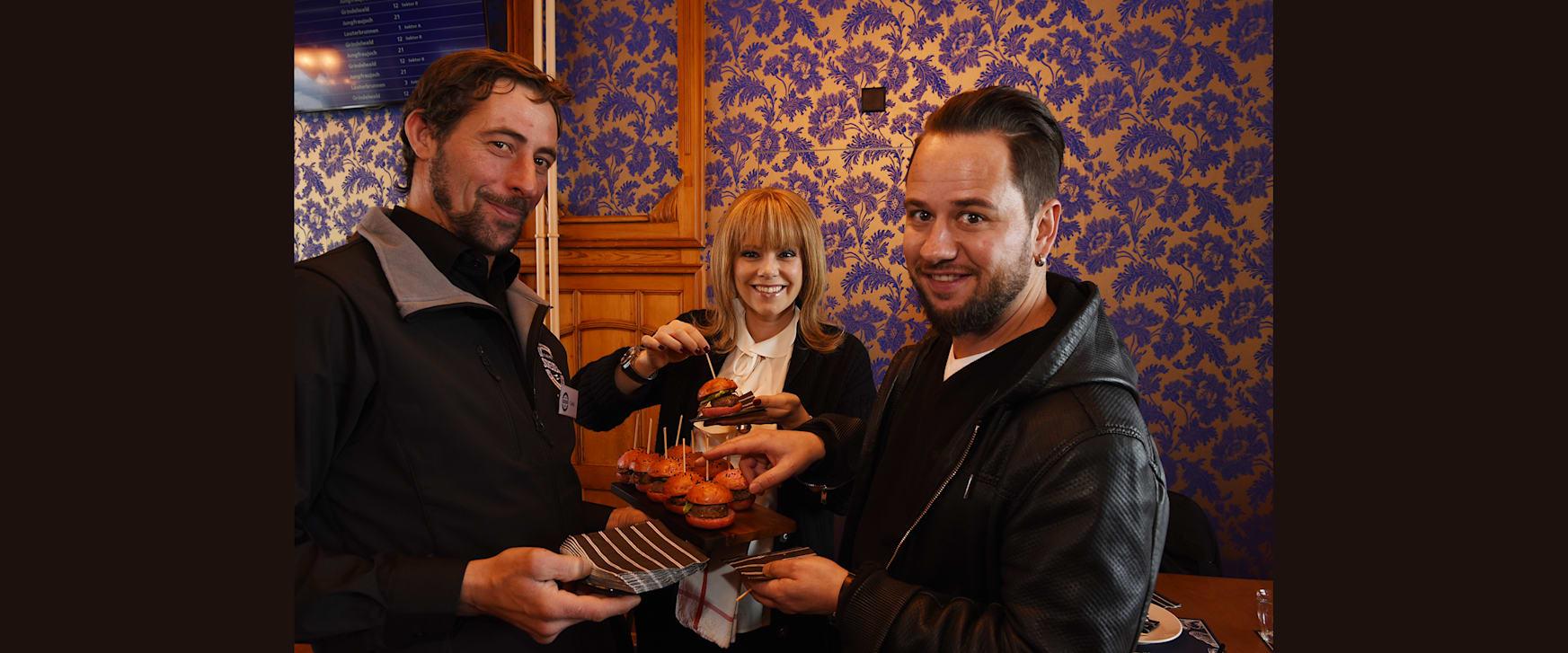Francine Jordi und Marc Trauffer werden in der Eigerstube verwoehnt