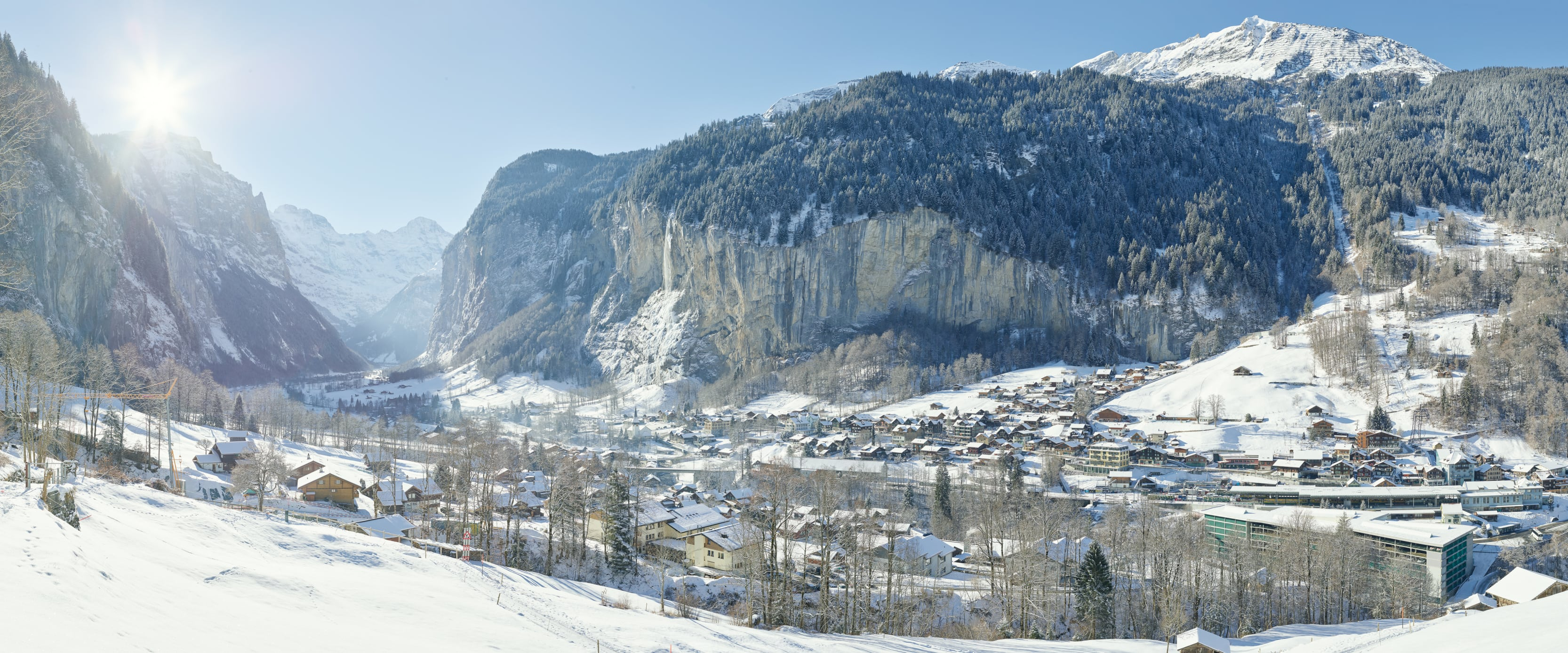 Lauterbrunnen Winter Staubbachfall Panorama