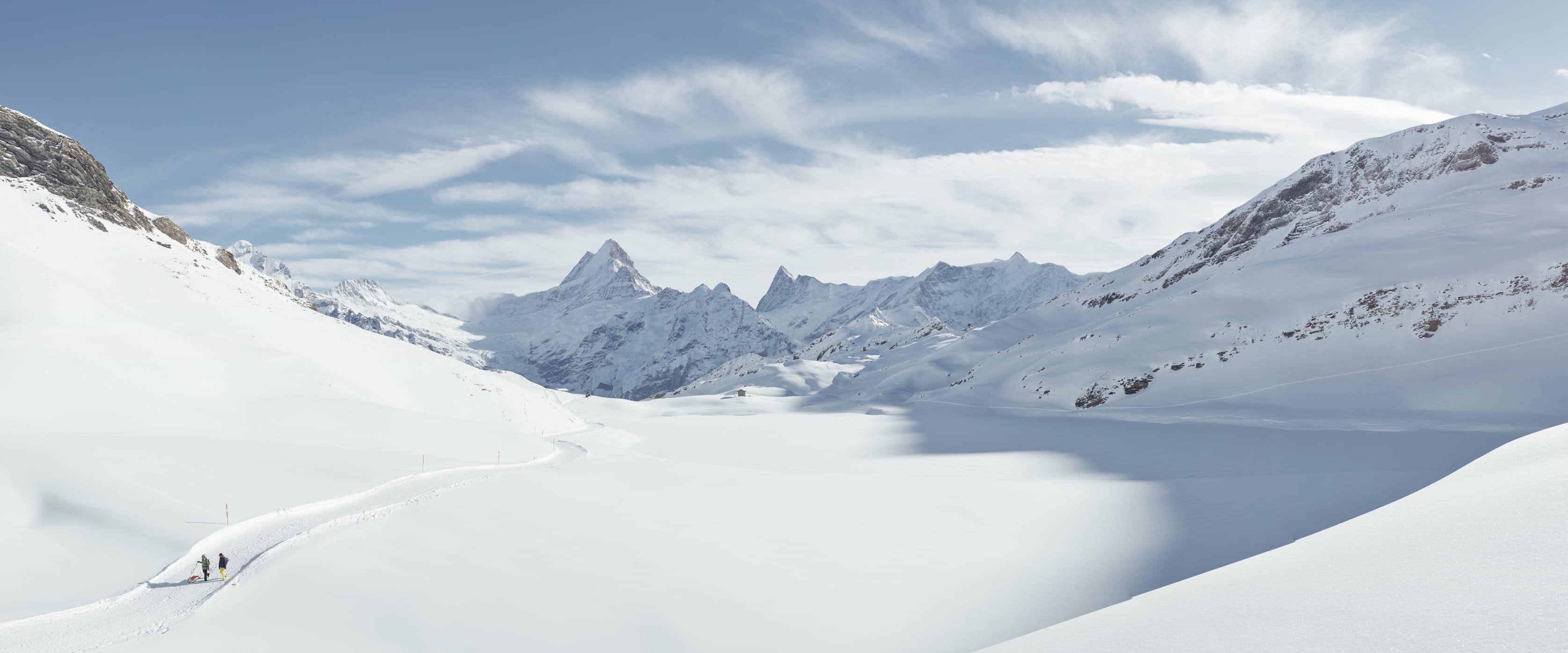 Bachalpsee, Big-Pin5tenfritz, Erlebnisse-Aktivitaeten, Jungfrau-Ski-Region, Neuschnee, Schlitteln, Skigebiet-Grindelwald-First, Winter, Winterwandern