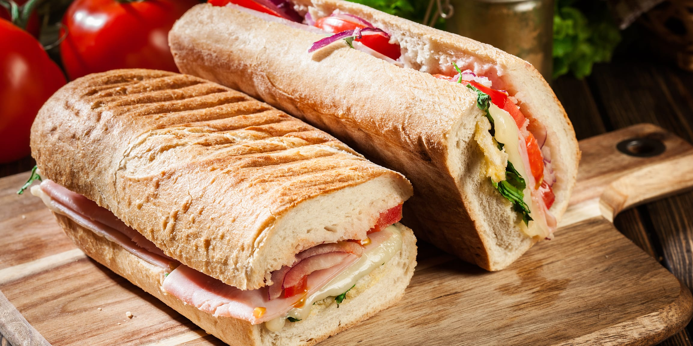 panini, sandwich, ham, cheese, italian, bread, food, arugula, lunch, tomato, meal, snack, brunch, lettuce, ciabatta, bun, baguette, michetta, breakfast, background, healthy, grilled, delicious, tasty, dinner, salad, roll, toasted, nobody, hot, cuisine, sub, submarine, deli, side view