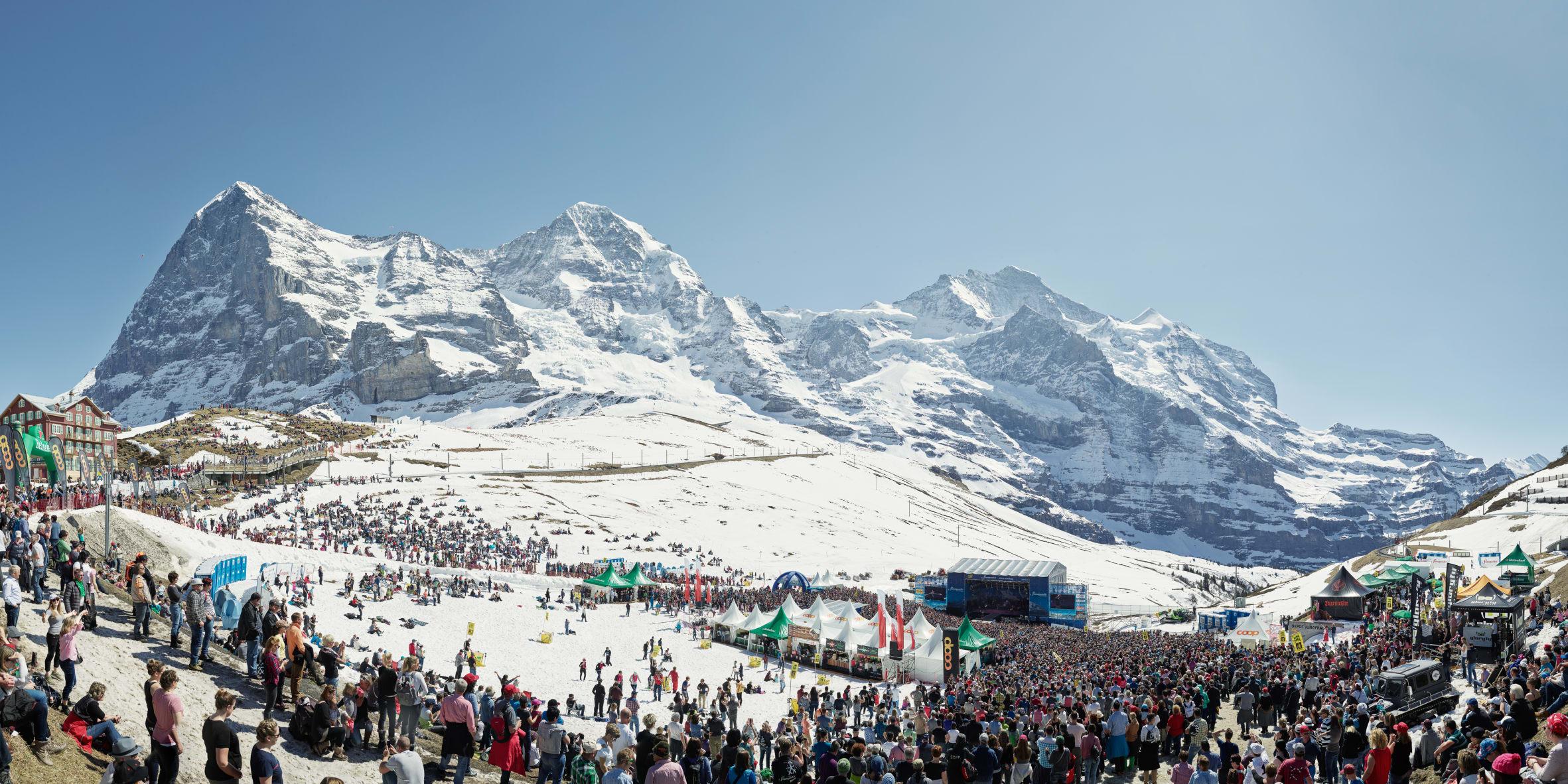 Erlebnisse-Aktivitaeten, Jungfrau-Ski-Region, Skigebiet-Grindelwald-Wengen, SnowpenAir, Winter