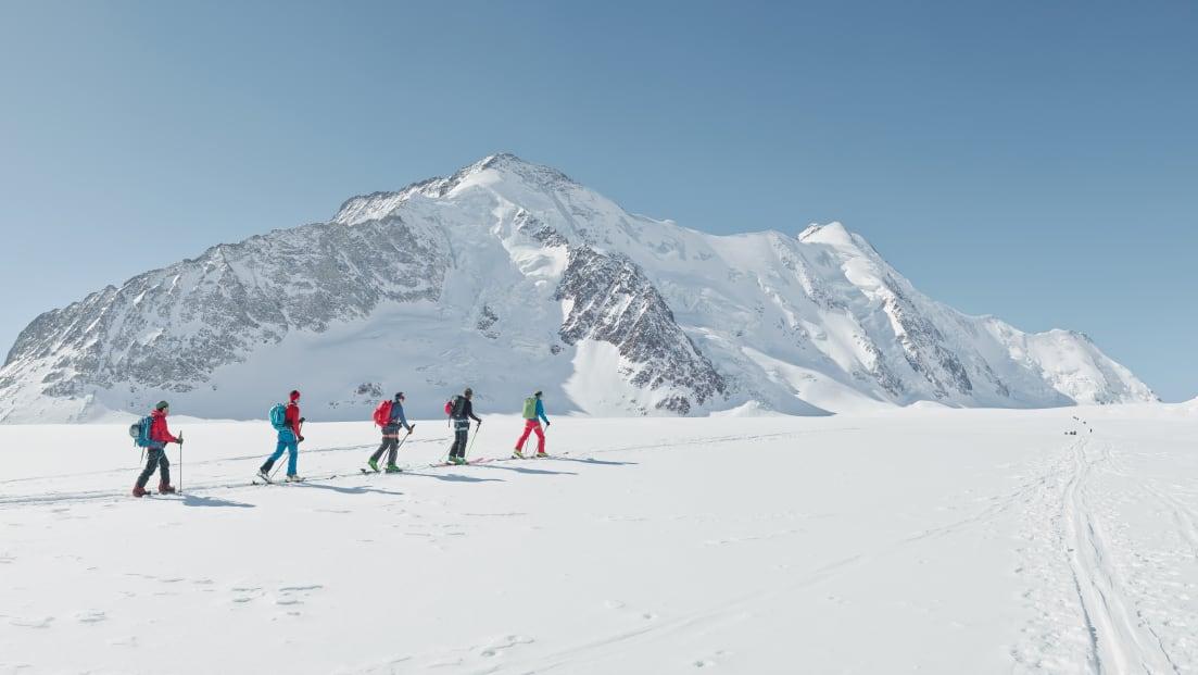 Skitour Hollandia Huette Aussicht Langgletscher