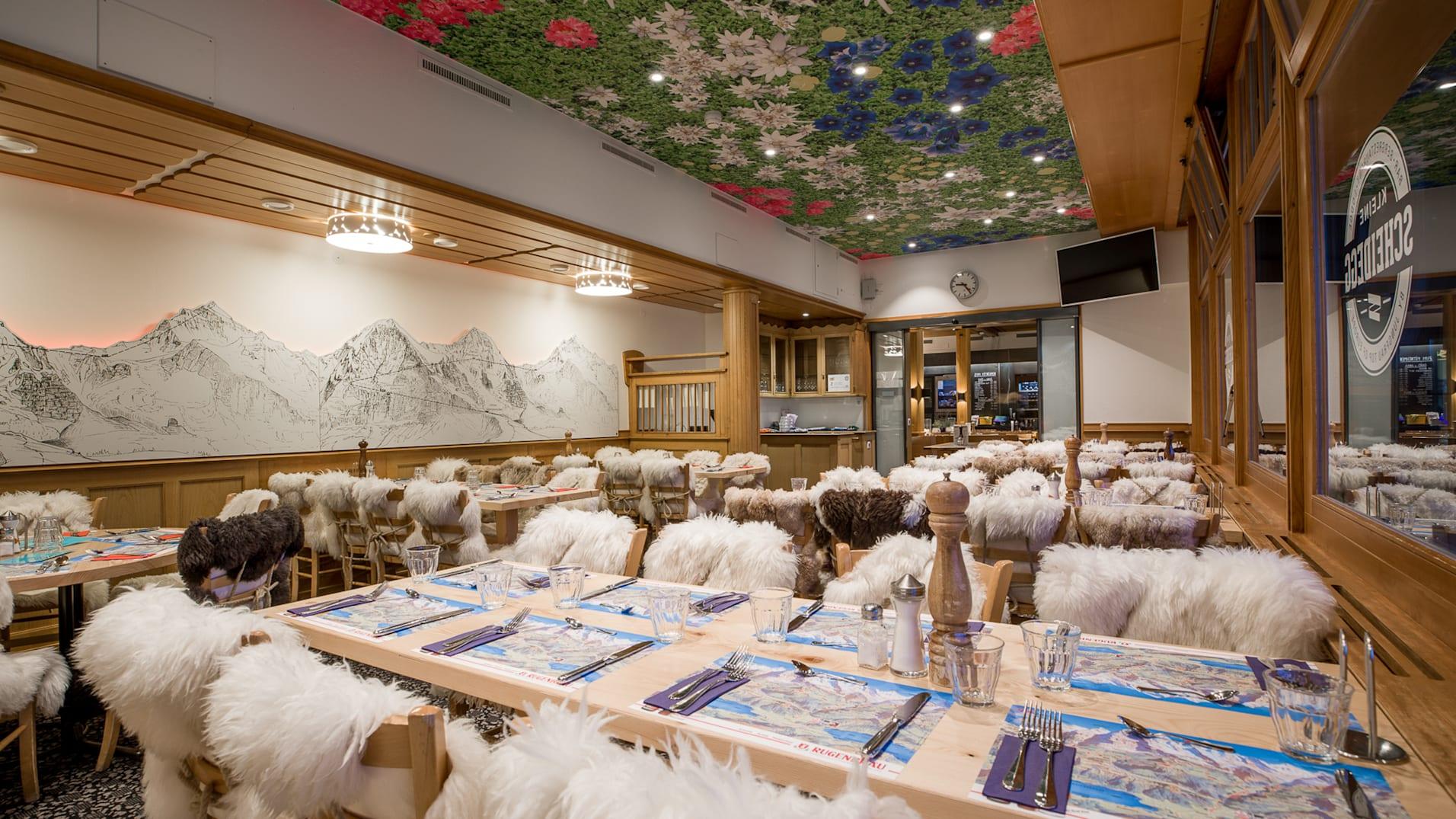 Restaurant de montagne Kleine-Scheidegg, gastro, salle intérieure, saison, Kleine-Scheidegg, été, jungfrau.ch/fr-ch