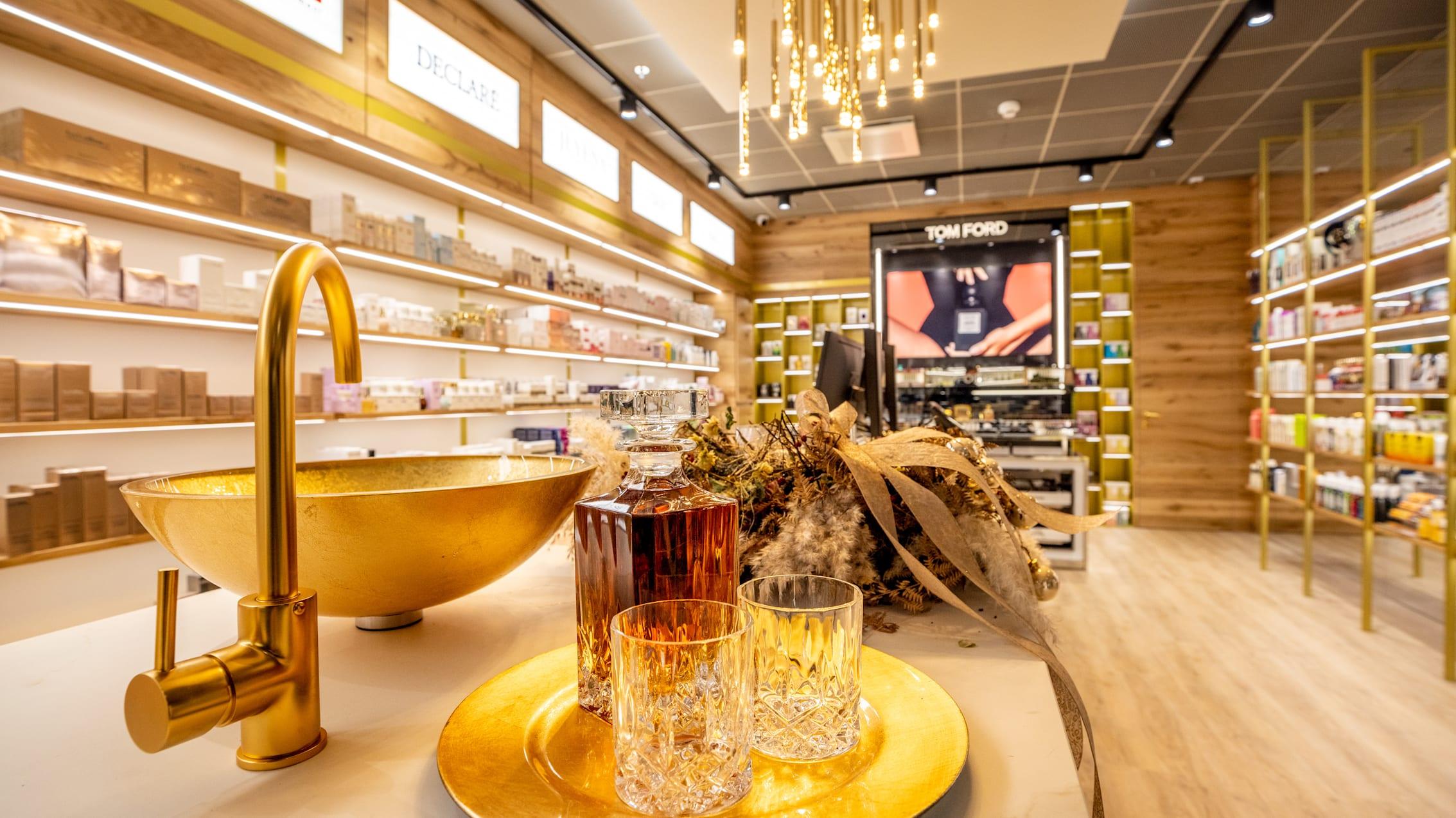 Grindelwald Terminal Dr Portmann Luxury Store Whisky