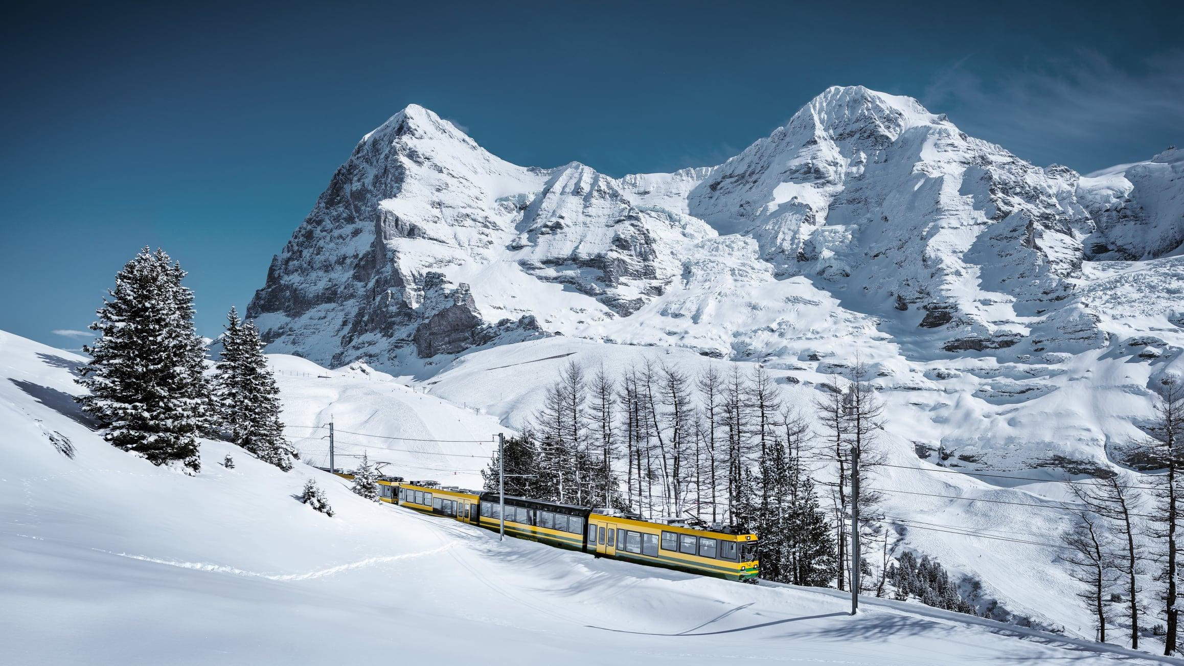 Wengernalpbahn eiger moench winter 01