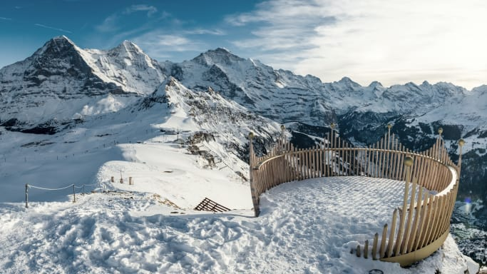 Maennlichen Wandern Royal Walk Eiger Moench Jungfrau Winter