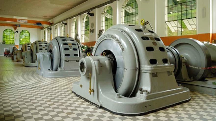 Jungfrau kraftwerk luetschinen