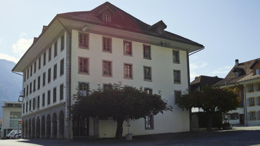 Unterseen Interlaken Stedtli Stadthaus Altstadt Sommer