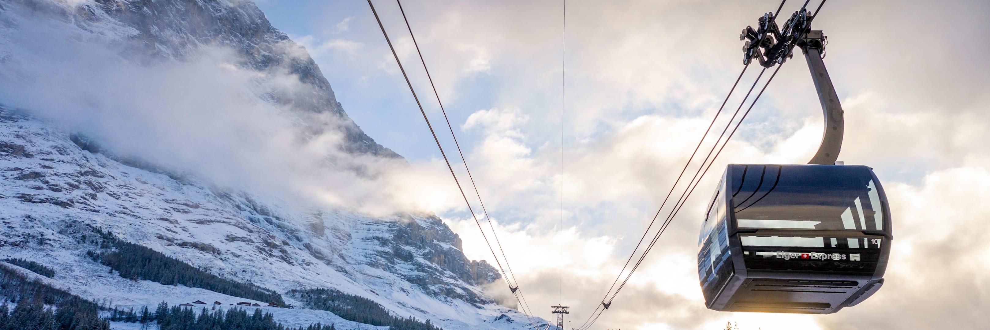 Eiger Express Grindelwald Eigernordwand Abendstimmung Winter