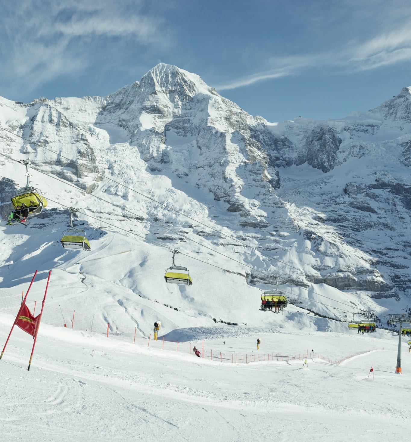 Erlebnisse-Aktivitaeten, Jungfrau-Ski-Region, Lauberhnorn-Live, Ski, Skigebiet-Grindelwald-Wengen, Winter